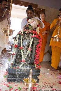 Abhishek to Murthi